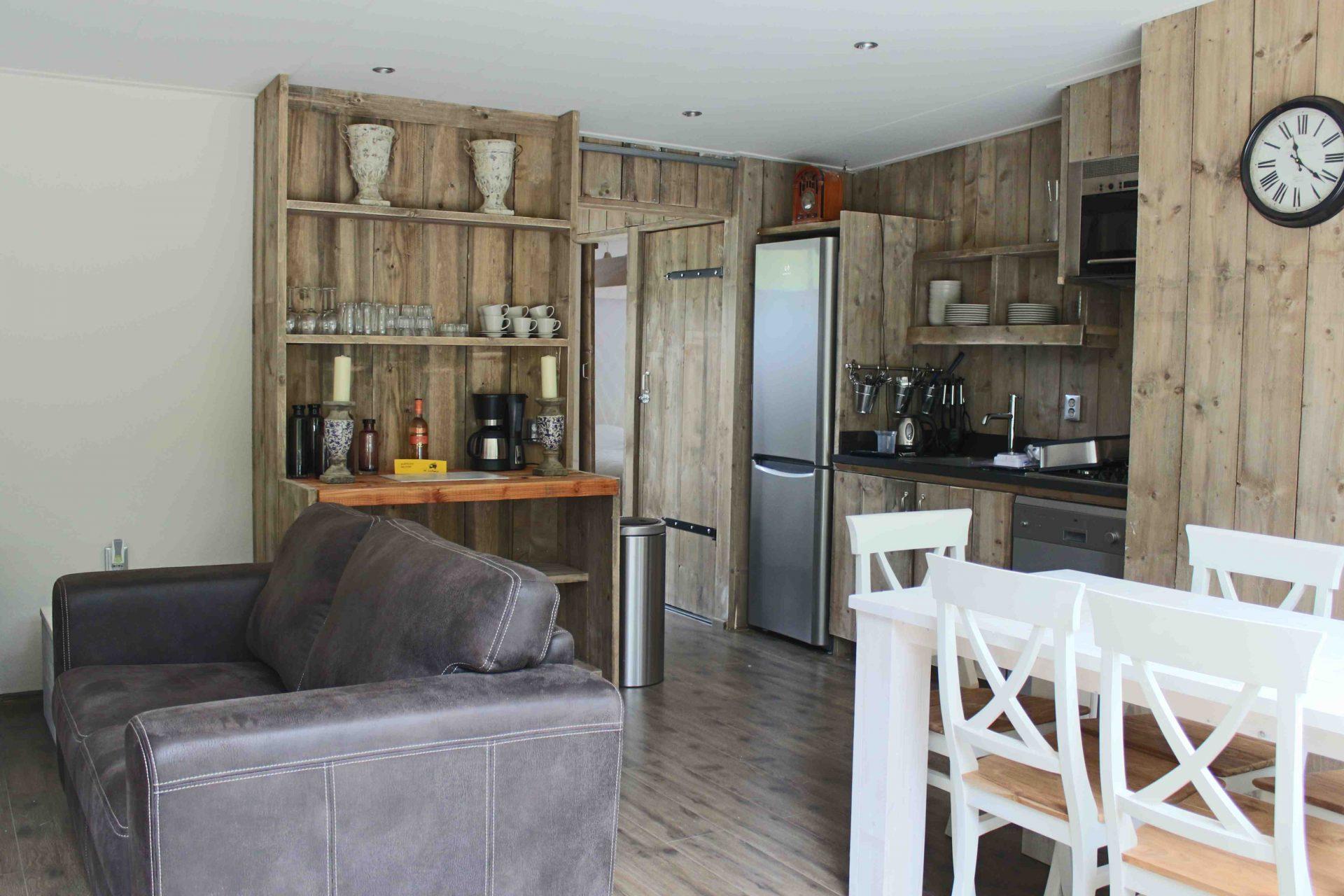 gro e urlaubsfreiheit im ferienhaus holland campings. Black Bedroom Furniture Sets. Home Design Ideas