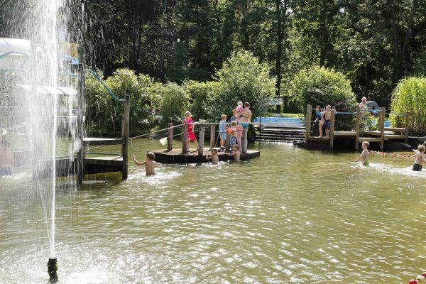 Campingplatz mit Wasserspielplatz - De Wildhoeve