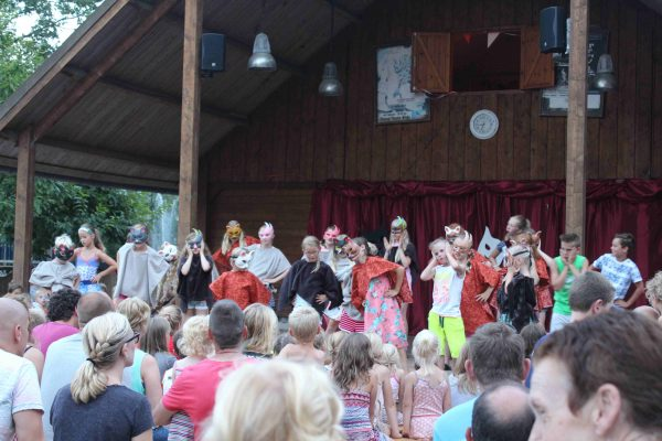Campingplatz De Wildhoeve - Theater