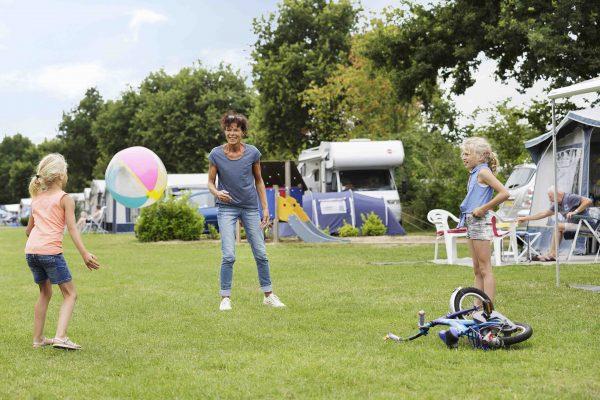 Camping bei Obelink - Ferienpark De Twee Bruggen