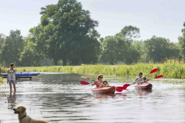 Kanutour über die Gewässer von Holland