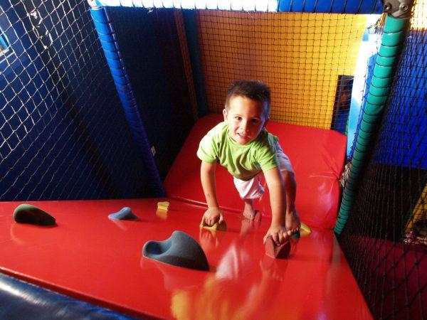Camping mit Indoor Spielplatz - Ferienpark Beerze Bulten