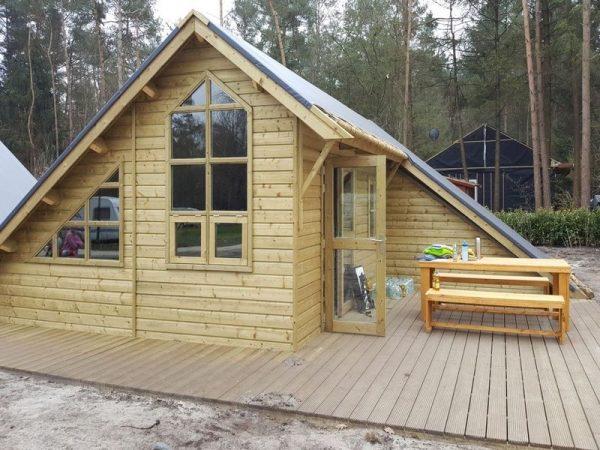 Campingplatz De Wildhoeve - Waldhaus Aussenseite